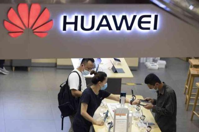 تقوم شركة Huawei بإخراج Samsung من عرشها عالميًا - اقتصاديًا - اليوم