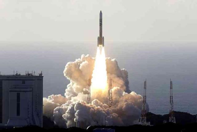 الإمارات .. استثمار في البشرية والأرض وطموح في الفضاء - عبر الإمارات - أخبار وتقارير