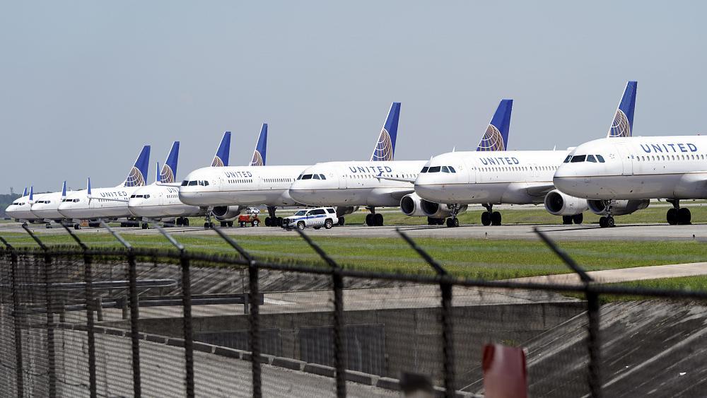 الاتحاد الدولي للنقل الجوي: تعتزم معظم شركات الطيران تقليل عدد موظفيها في غضون 12 شهرًا