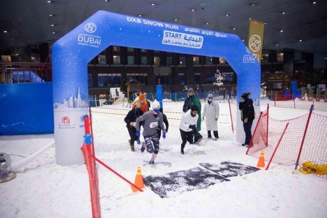 تتصدر البريطانية بيا والإماراتي بطي أول سباق ثلجي في الشرق الأوسط – رياضة – جميع الألعاب