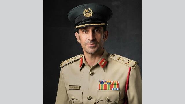 عصابة دولية تضبط وتحبط تهريب 252 سيارة فارهة ضمن 7 جوائز دولية فازت بها شرطة دبي - محلي - أخرى